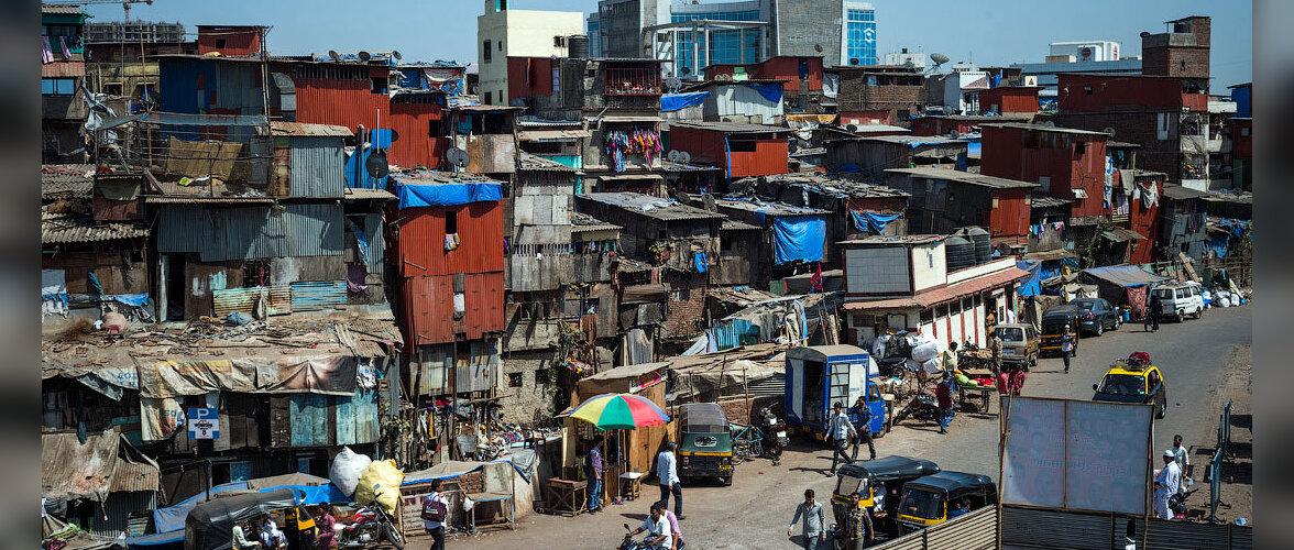 """Туристам в Индии предлагают почувствовать """"жизнь на вкус"""" и заселиться в отель в трущобах Мумбаи"""