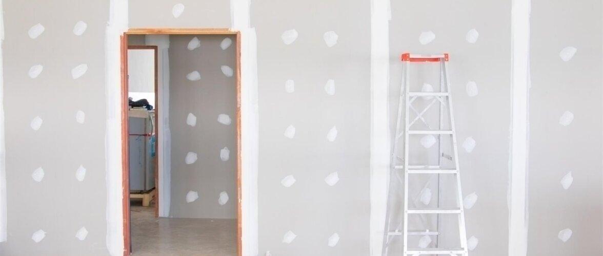 Nippe kipsplaadi paigaldamiseks — kuidas lõigata, ebatasaseid seinu korrastada ja lage katta?