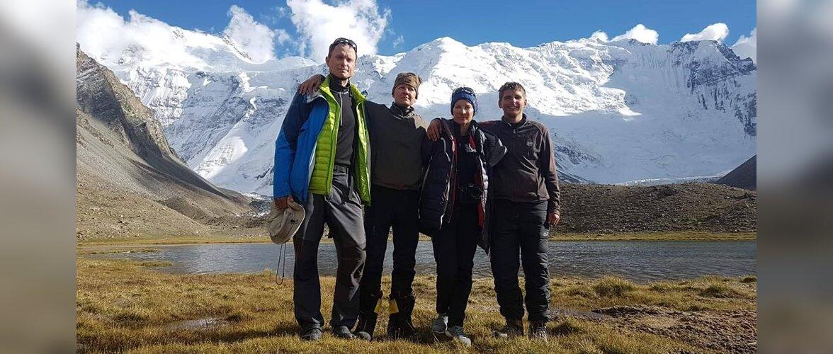 Eesti alpiniste sõidutas Pamiiri mäestikult maapinnale presidendi helikopter