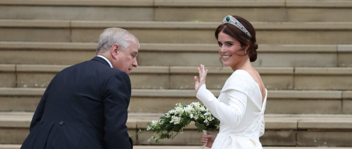 KUNINGLIK PULM: Printsess Eugenie astus altari ette volüümikas kleidis ja kuningannalt laenatud tiaaraga