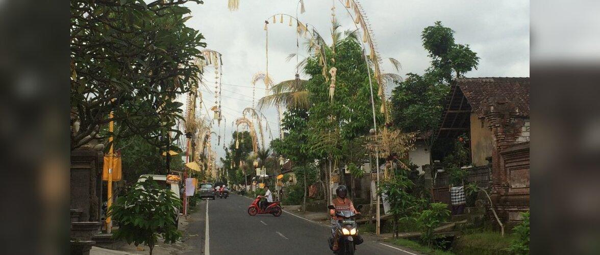 Eestlaste jõulud välismaal: Eksootilisel Bali saarel tähistatakse värvikirevat ja kaunistusterohket <em>galungan</em>i