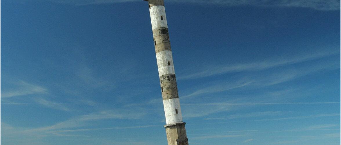 Liikuva loomuga kohalik Pisa torn
