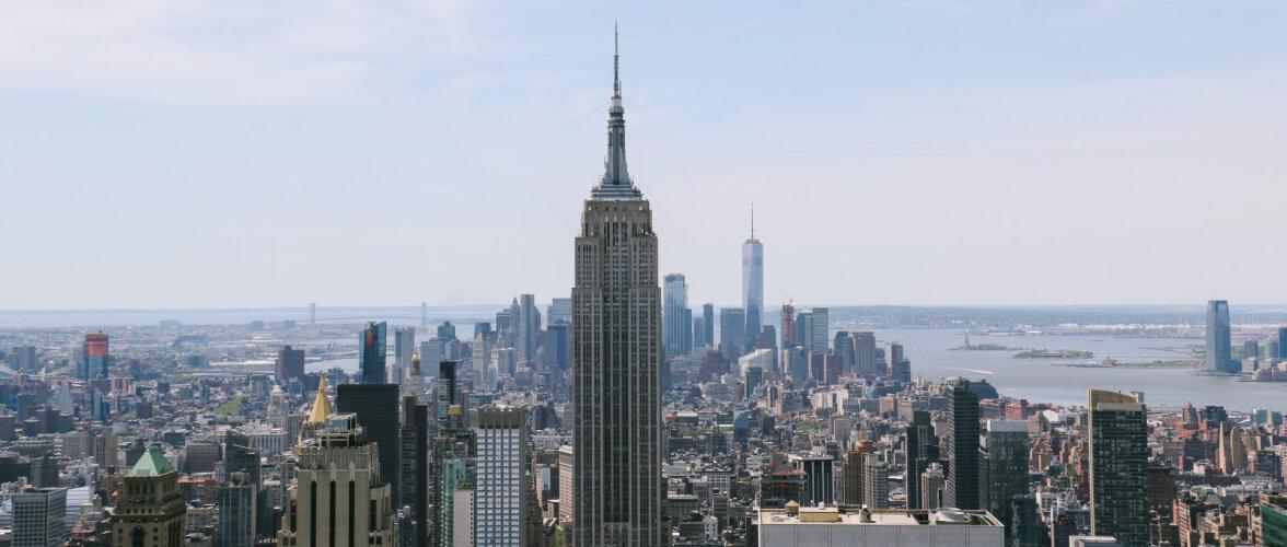 10 veidrat fakti Empire State Buildingu kohta. Hoonet on ajaloos ramminud pommituslennuk