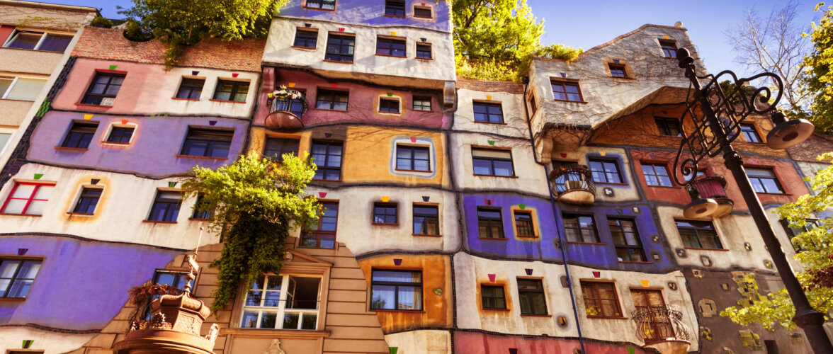 Vaata maailma veidramaid maju — seenemajakesest saabaskojani!