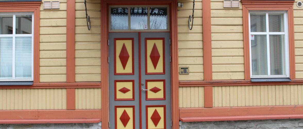 Häid nippe maja fassaadi värvimiseks