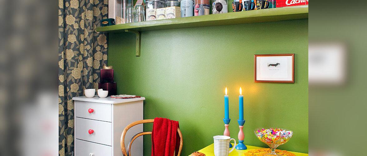 Meretagune värvipillerkaar — värvidega täidetud kodu