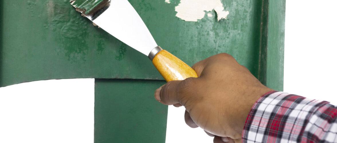 Nipid, kuidas puhastada vana puitmööbel koledast värvist