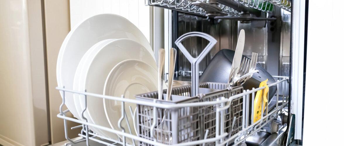 Arvuta, kui suurt nõudepesumasinat sul tarvis on. Kuidas vältida roostevabast terasest söögiriistade kahjustumist nõudepesumasinas?