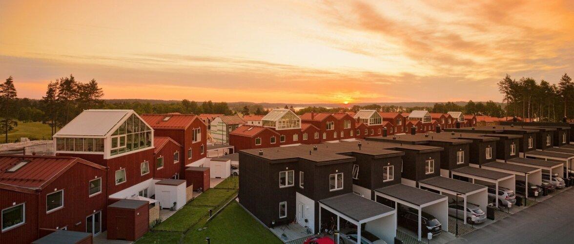 Aasta tehasemaja 2017. RIDAELAMUTE KOMPLEKS Puitpaneel OÜ (puitkarkass elementmajad)