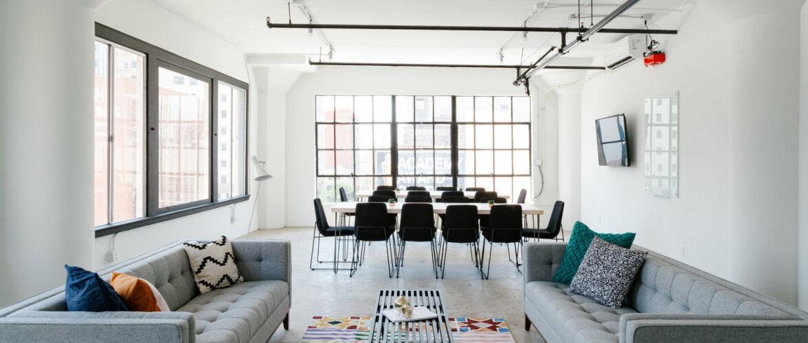 Kuidas luua mulje kõrgematest lagedest ja avaramast ruumist