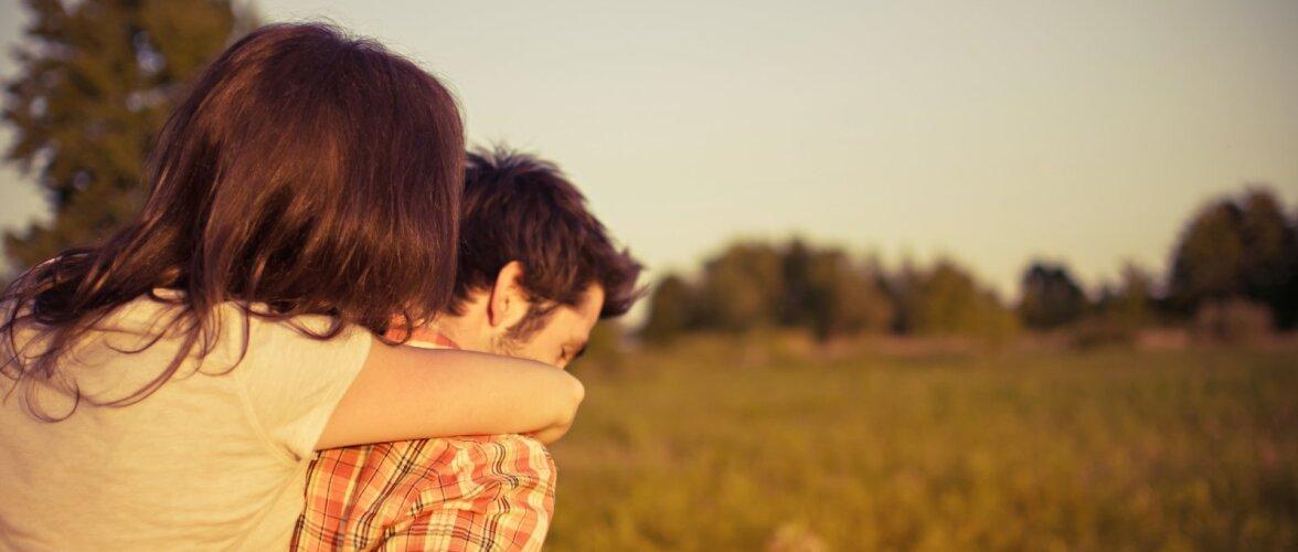 Naised on meestele kõige ligitõmbavamad 23 aastaselt, aga meeste atraktiivsus muutub suuremaks vanusega