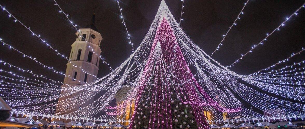 Рождественскую елку в Вильнюсе назвали самой красивой в Европе