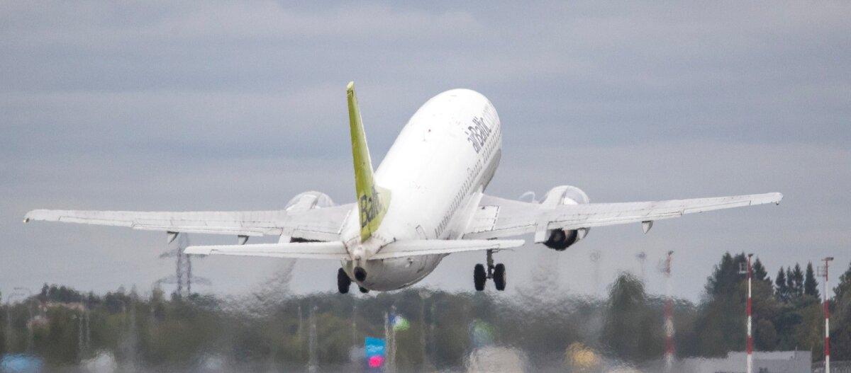 Глава научного совета Эстонии: прямые авиарейсы надо сохранить, а тестирование в аэропорту сделать обязательным