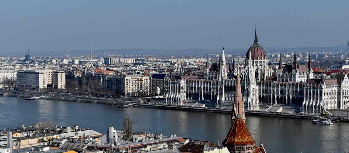 Eesti õpirändurid Budapestis | Praktika jäi koroonakriisi tõttu lühikeseks, aga sinna ilusasse linna tuleb kindlasti tagasi minna