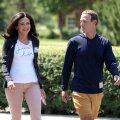 FACEBOOKI JUHTFIGUURID: Sheryl Sandberg ja Mark Zuckerberg.