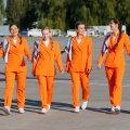 VIDEO | Hüvasti seelikud ja kontsakingad - lennufirma pani stjuardessidele jalga tossud