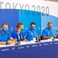 Eesti neljapaat võistluseelsel pressikonverentsil.