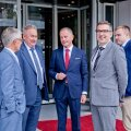 FOTOD | Suursaadik, minister ja abilinnapea avasid Tallinnas riigi koroonakindlaima hotelli