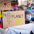 Noored protestimas poliitikute tegevusetuse tõttu.
