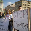 Kohalikud protesteerivad, Kreml itsitab pihku