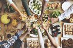Itaalia immigrantide imelised road, India ja Tai karrid, mate - kogu maailma köögid kohtuvad täna Kalamaja hoovides