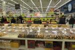 FOTOD ja VÕRDLUS: Poola kaubandus on muutuses. Kummas riigis on toidukorv odavam?