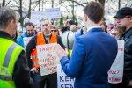 Taksojuhtide meeleavaldus Toompeal