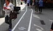 FOTOD: Telefoni sõltlased said Belgias oma kõnnitee riba