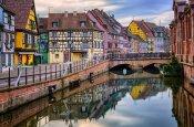 Colmar on tore segu Saksamaast ja Prantsusmaast.