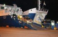 Laevaliikluse ülevõtmine Kuivastu sadamas