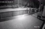 ВИДЕО с камеры наблюдения: Неизвестный поджег в Пирита-Козе машину — за его поимку назначена награда