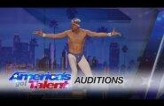 """ВИДЕО: Акробат из Эстонии поразил судей известного шоу """"America's Got Talent"""""""