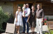 PÄEVA KLÕPS: Beebikõht muudkui kasvab! Lapseootel Luisa Värk säras Saaremaal kui päikesekiir