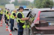 Как провела праздники полиция: алководители, драчуны и забытые дети