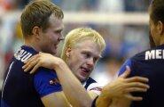 2008. aastalalistati Poola. Raimo Pajusalu ja libero Sten Esna õnnitlevad teineteist.