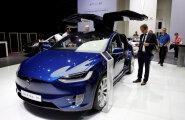 Kõik uued Teslad on võimelised täielikuks isejuhtimiseks, luba selleks veel pole