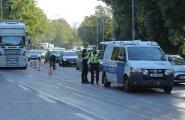 ФОТО DELFI: В Кадриорге пешеход попал под внедорожник
