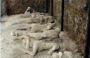 Pompei mattus vulkaanituha alla 79. aastal meie ajaarvamise järgi. Kipsjäljendid hukkunutest. Foto: Wikimedia Commons