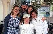 TÜLI MAJAS: Erika Salumäe ja tema vastabiellunud raseda tütre uus perekond jätsid avalikult hüvasti?