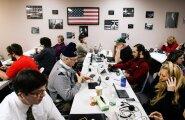 Trumpi kampaania vabatahtlikud pidasid eelvalimiste päevalgi usinalt telefonikõnesid, ärgitades tema poolt hääletama.
