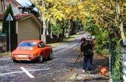 Siim Mäesalu ja tema Porsche 911T. Vanasõidukid on eluaegne haigus