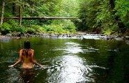 ФОТО 18+: Пользователи Instagram раздеваются, чтобы быть ближе к природе