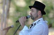 Латвия запретила въезд певцу и актеру Дмитрию Певцову