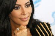 Kim Kardashian West röövitud sõrmusega