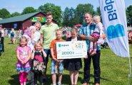 Aasta suurpere 2016 on üheksaliikmeline perekond Aan Tartumaalt.