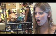 Valus vahelejäämine: naine näeb pealt varjatud kaamerast, kuidas ta poiss-sõber on valmis teda petma
