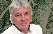 Vandenõumaailma superstaar David Icke annab Eestis terve päeva pikkuse ülevaate võimumängude telgitagustest