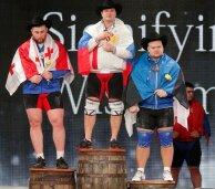 Dopingut kasutanud vene tõstja Aleksei Lovtšev röövis Mart Seimilt võimaluse saada kaela hõbemedal ja tõukamise kuld.