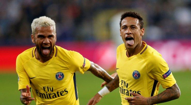 Tiimikaaslase aus ülestunnistus: Neymar käitub nagu väike laps