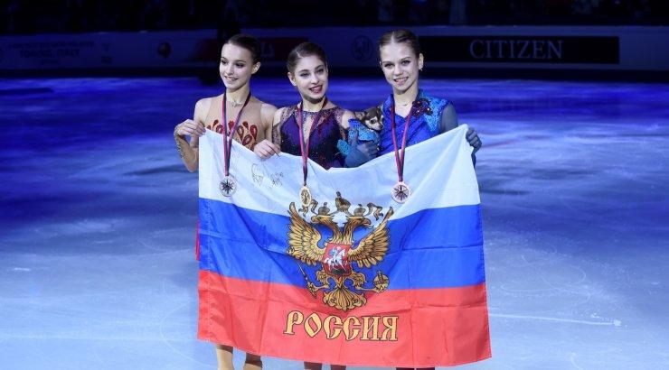Александра Трусова получила королевского пуделя за тройной аксель
